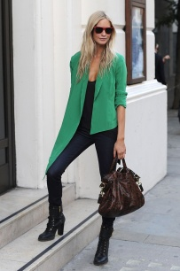 Womens-Office-Wardrobe-Looks-In-Emerald-Green-Shades-4